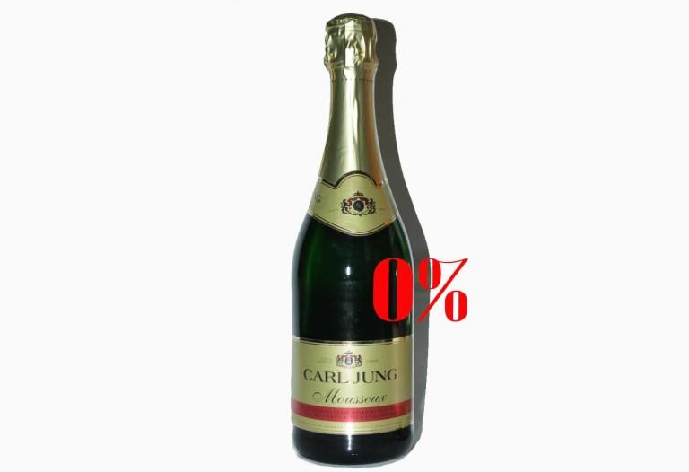 Безалкогольное шампанское белое полусухое Карл Юнг