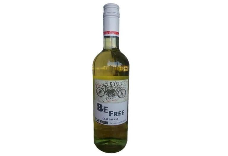 Купить Белое безалкогольное вино Chardonnay Be Free Peter Mertes полусладкое